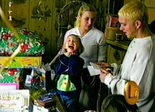 Family Picture: Eminem with Kim Scott and daugher Hailie